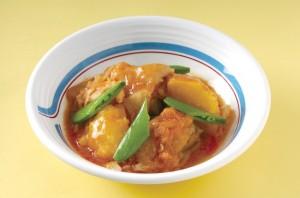 鶏肉のトマト風煮込み(キューバ)650